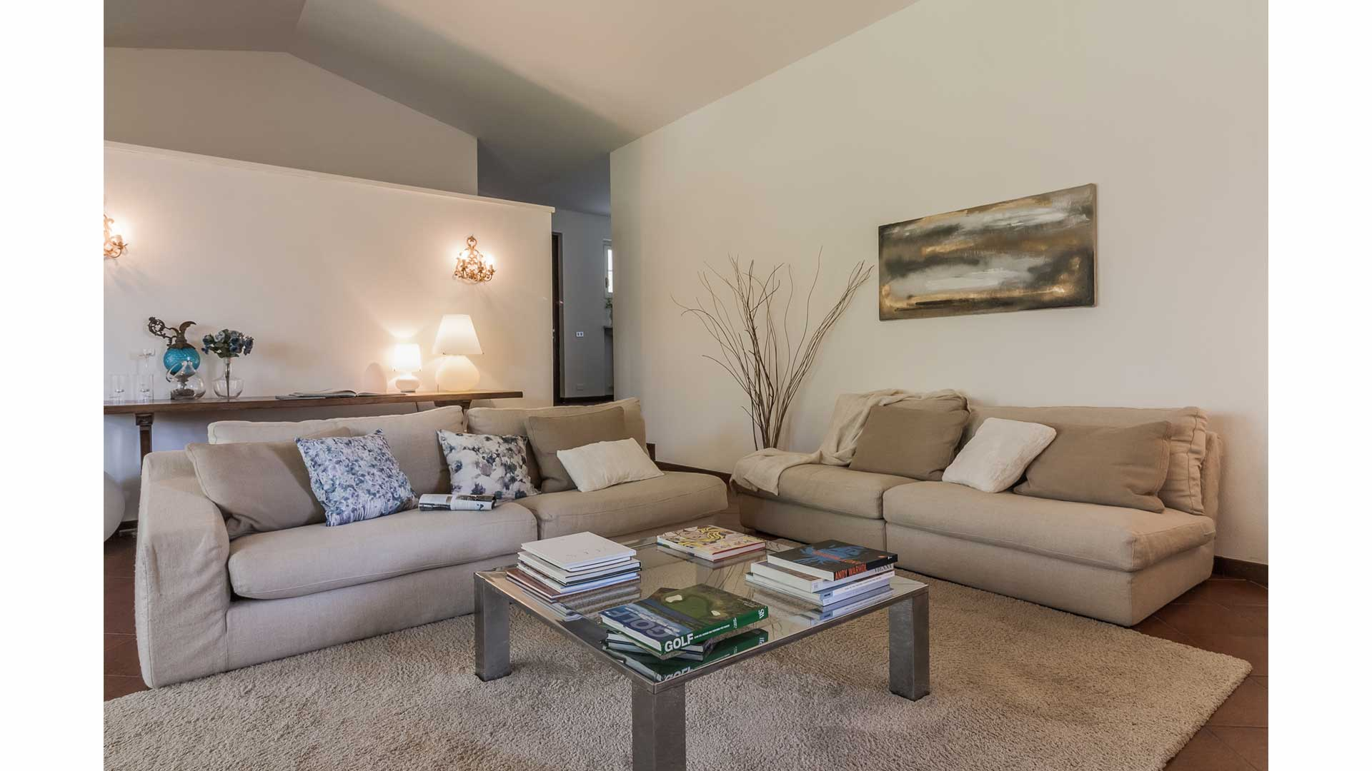 Home Staging villa Parisien Style a Carimate.